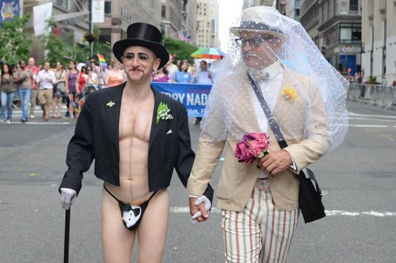 barbara gay summit square